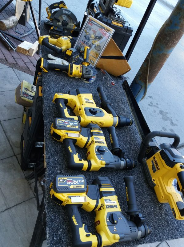 dewalt_demo_day
